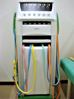 スーパーカイネ(干渉電流型低周波治療器)
